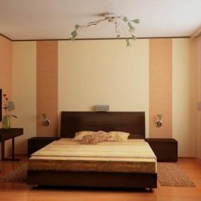 Сочетание разных обоев в одной спальне