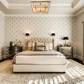 Ковровое покрытие на полу в спальне