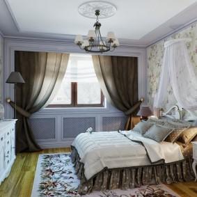 Темные шторы на окне в спальной комнате