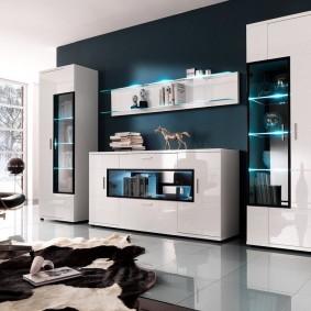 Стильная мебель с гладкими фасадами