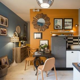 Яркий интерьер малогабаритной квартиры