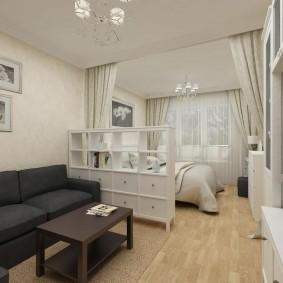 Невысокий стеллаж в спальне-гостиной
