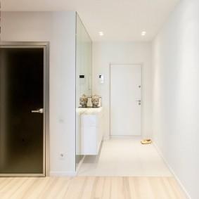 Освещение коридора в двухкомнатной квартире
