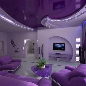 Фиолетовый потолок натяжного типа