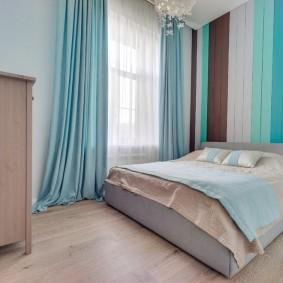 Бирюзовые шторы в спальне родителей