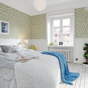 Обои пастельных тонов в спальной комнате