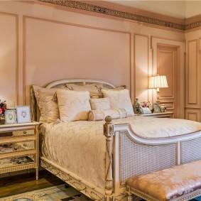 Уютная спальня в стиле классика