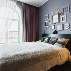Декорирование стены над спинкой кровати