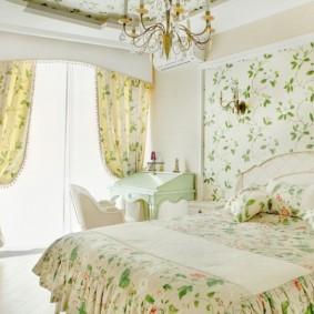 Романтический интерьер спальной комнаты