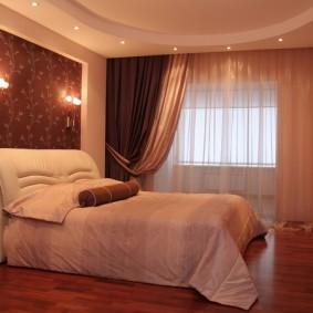 Двухуровневый потолок в спальне родителей