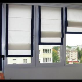 Римские шторы с черной окантовкой