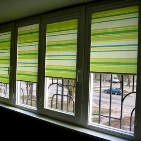 Полосатые шторы рулонной конструкции