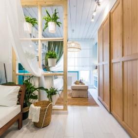 Узкая гостиная в маленькой квартире