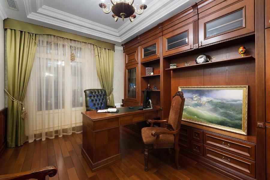 Напольное покрытие в кабинете классического стиля