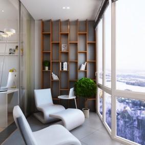 Панорамное остекление лоджии в трехкомнатной квартире
