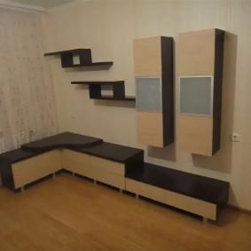 Угловой гарнитур для зала небольшого размера