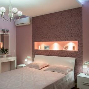 Подсветка ниши над спинкой кровати