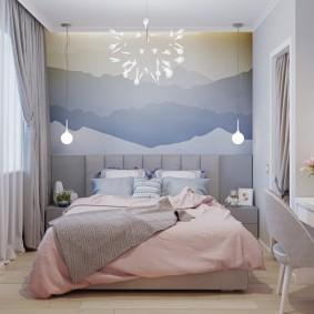 Прямоугольная спальня небольшой площади