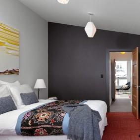 Оформление спальной комнаты в частном доме