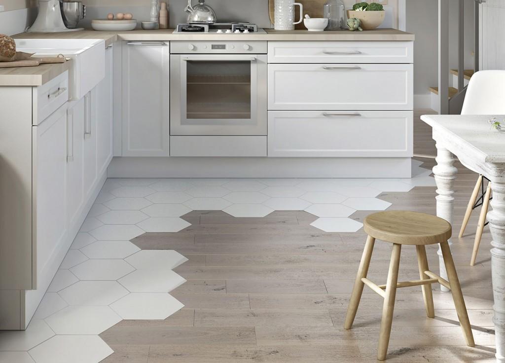 Зонирование кухни в квартире напольным покрытием