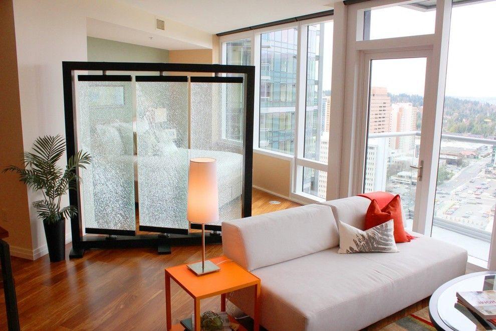 Зонирование ширмой пространства квартиры