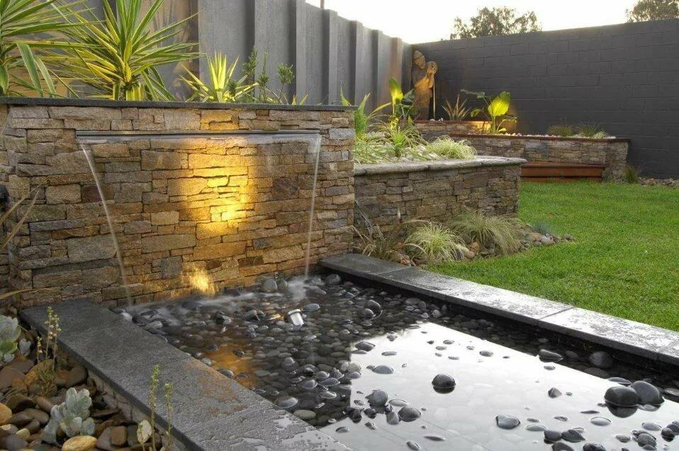 Пристенный водопад оригинального дизайна
