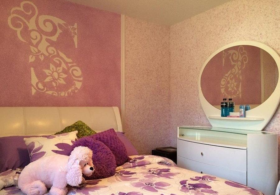 Фото оформления спальни жидкими обоями