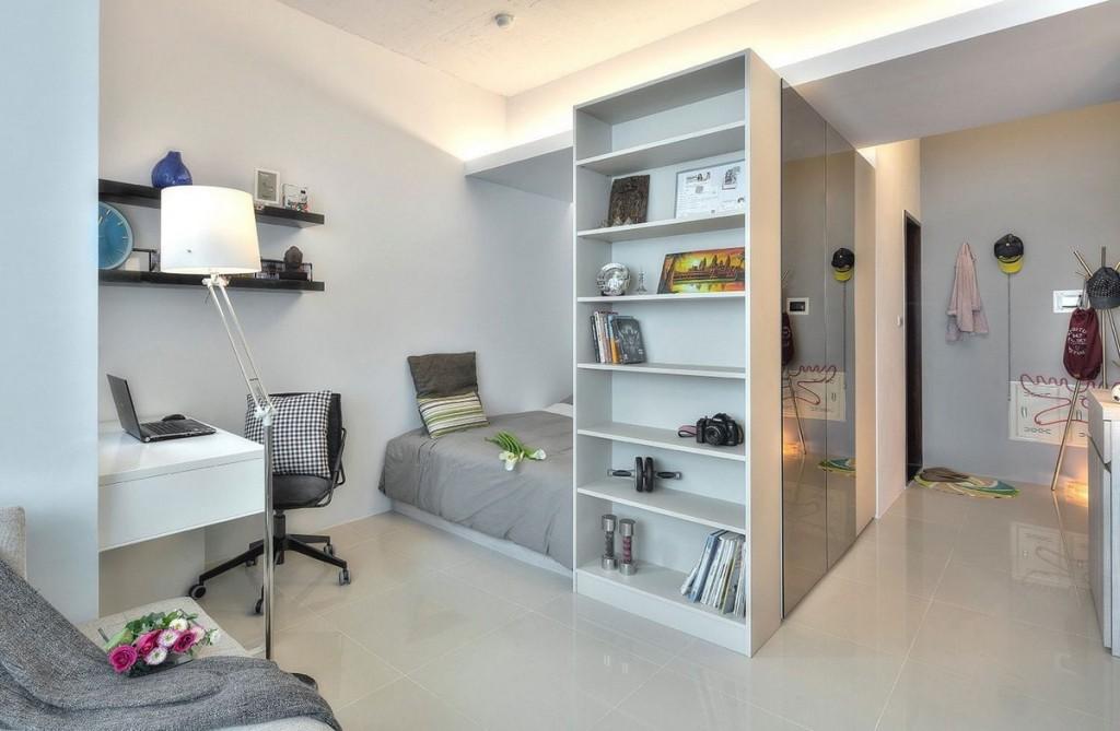 Рабочее место в квартире студийного типа