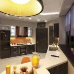 дизайн большой кухни с черным гарнитуром