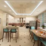 Бежевая кухня глянцевый потолок