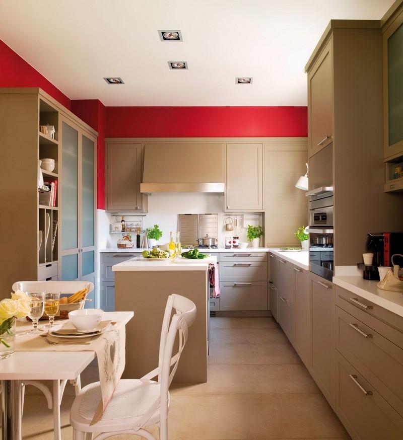 Бежевая кухня и стены красного цвета