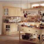 Бежевая кухня стиль прованс