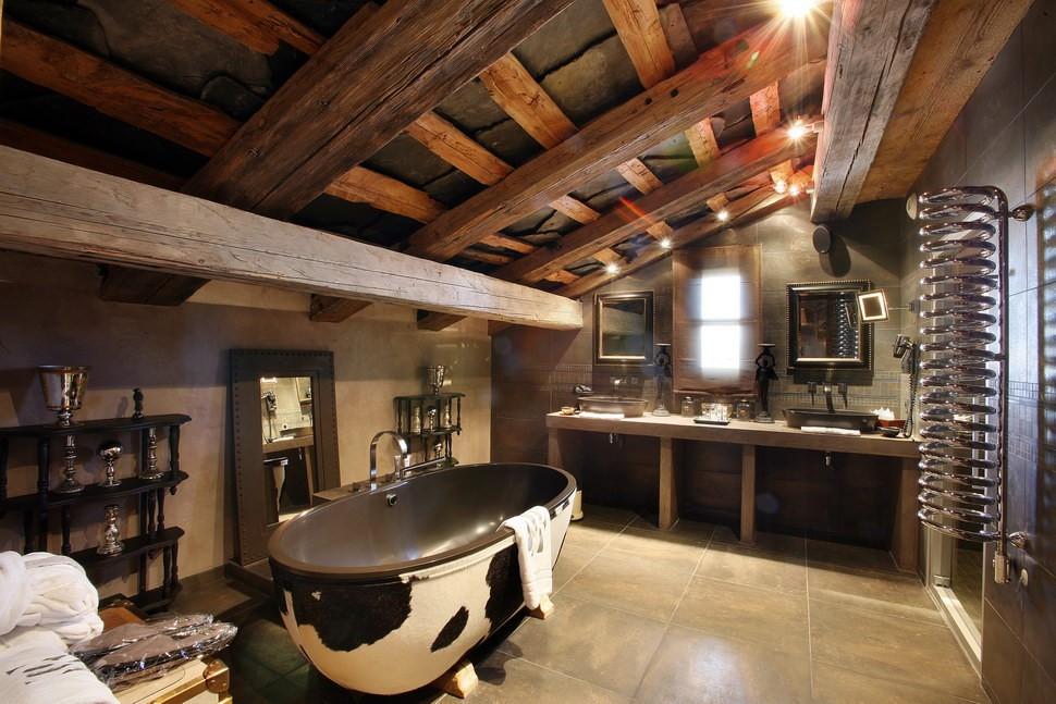 Большая ванная комната дерево кантри
