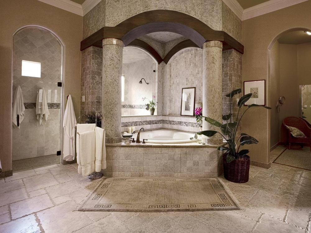 Большая ванная комната в античном стиле