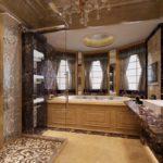 Большая ванная мебель и облицовка из мрамора
