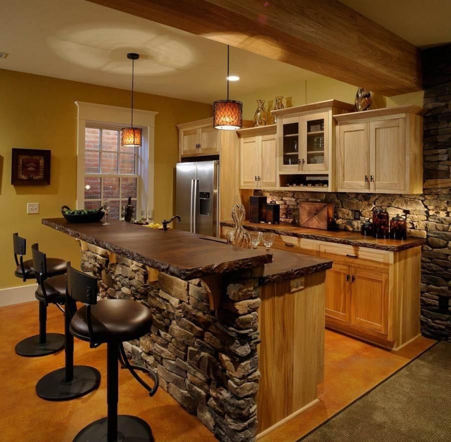 декоративный камень в отделке кухни освещение