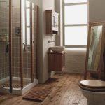 Дизайн ванной комнаты в частном доме лофт с керамической плиткой