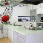 Фотообои в интерьере кухни макросъемка в воде с короткой выдержкой