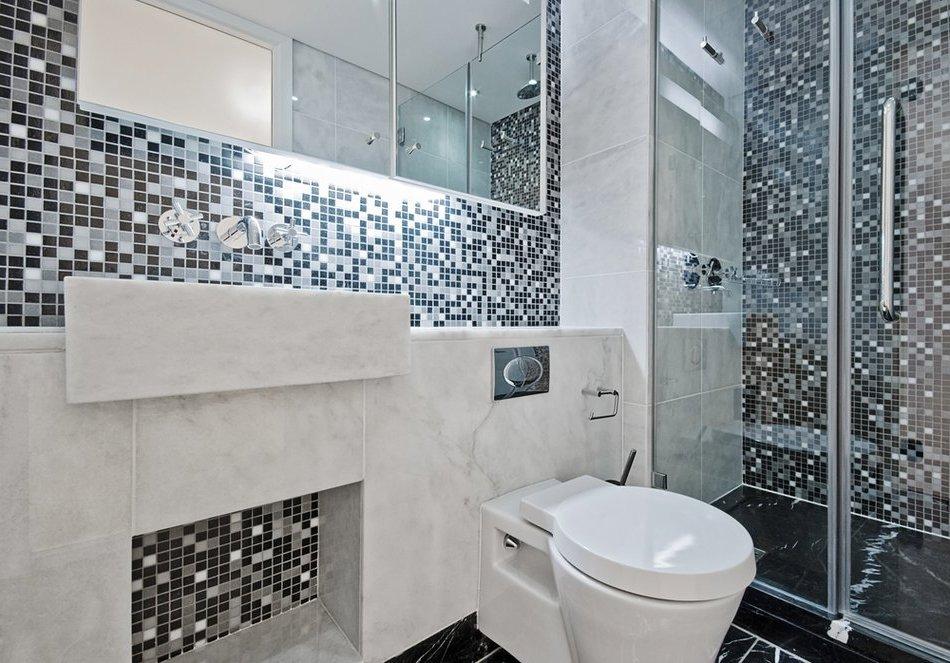 Мозаика для ванной комнаты удобно и красиво