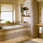 Мозаика в ванной комнате бежево-коричневая