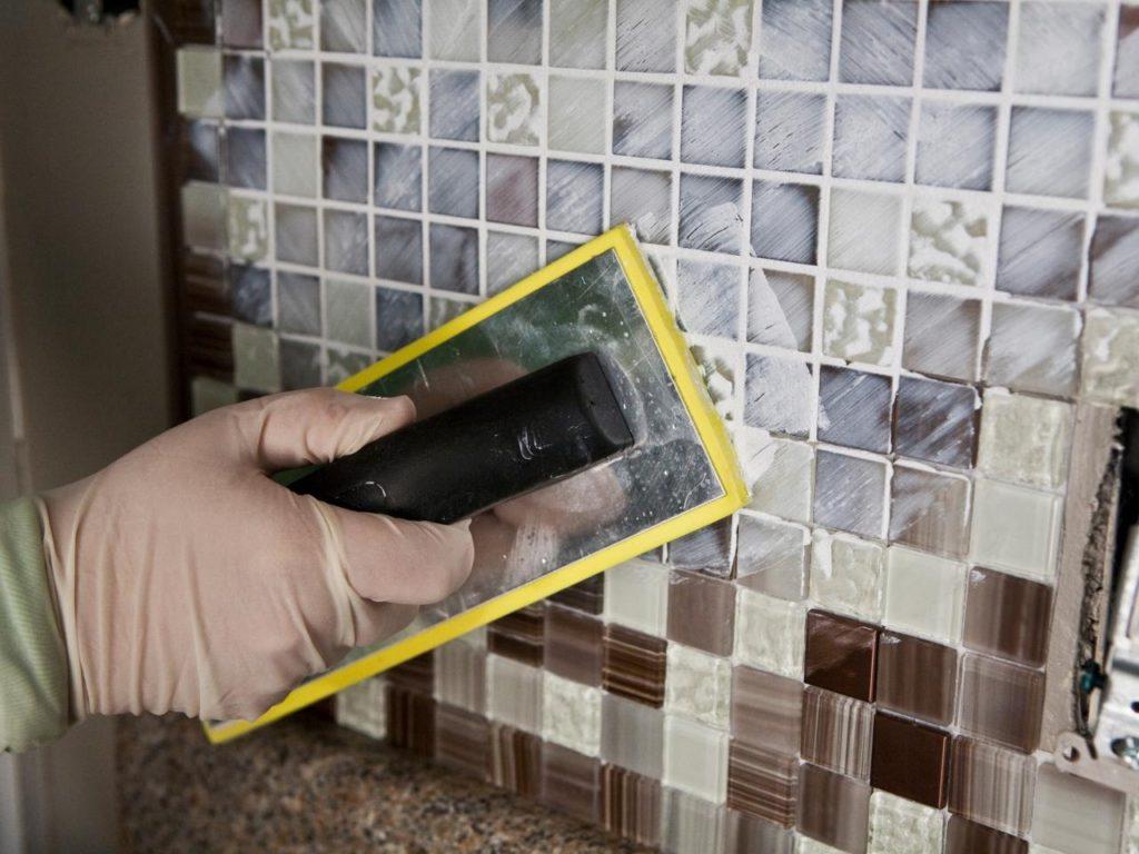 Мозаика в ванной комнате затирка швов