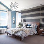 Оформление стен в спальне обои с горизонтальными полосами