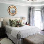 Оформление стен в спальне в минималистском стиле