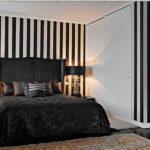 Оформление стен в спальне вертикальные полосы