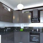 Серая палитра кухни с белыми стенами и потолком