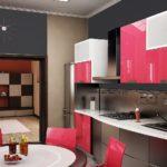 Сочетание цветов интерьер кухни черный с розовым и белым