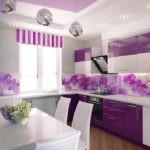 Сочетание цветов интерьер кухни фиолетовый на белом