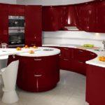 Сочетание цветов интерьер кухни темный красный глянец на белом