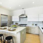Современная кухня островной дизайн