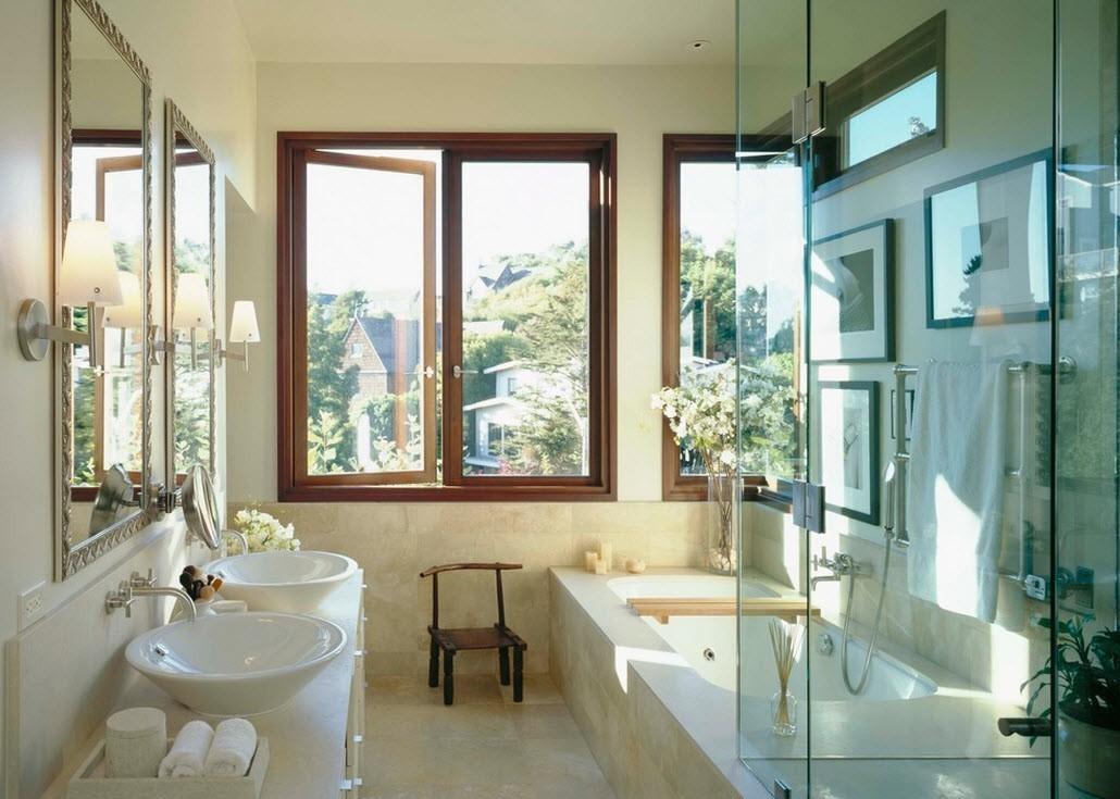 ванная с окном в своем доме